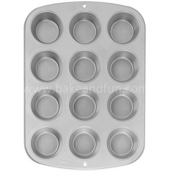 Wilton Recipe Right 12 Cup Muffin Pan - Wilton